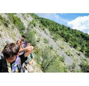 Traversing the gravel slides on mt. Borgà on the coal trail