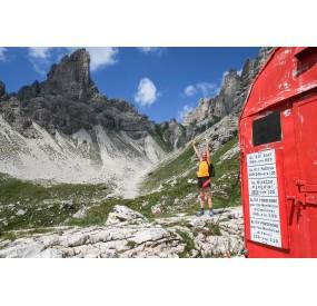 Marchi-Granzotto bivouac, in the high Monfalconi di Forni valley